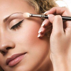 Красивый макияж — секреты профессионалов и советы как сделать своими руками макияж (100 фото)