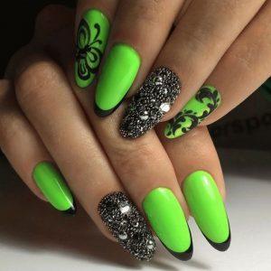 Маникюр на длинные ногти — самые модные и оригинальные сочетания цвета и формы (85 фото)