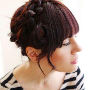 Прически на средние волосы — красивые варианты оформления и укладки стильных и красивых причесок (90 фото)