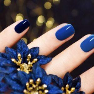 Зимний маникюр 2019 — трендовые идеи и стильные варианты украшения ногтей (видео + 100 фото)